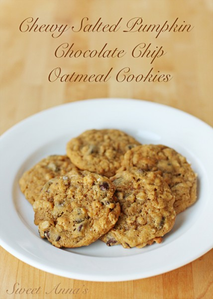 Chewy Salted Pumpkin Chocolate Chip Oatmeal Cookies | Sweet Anna's