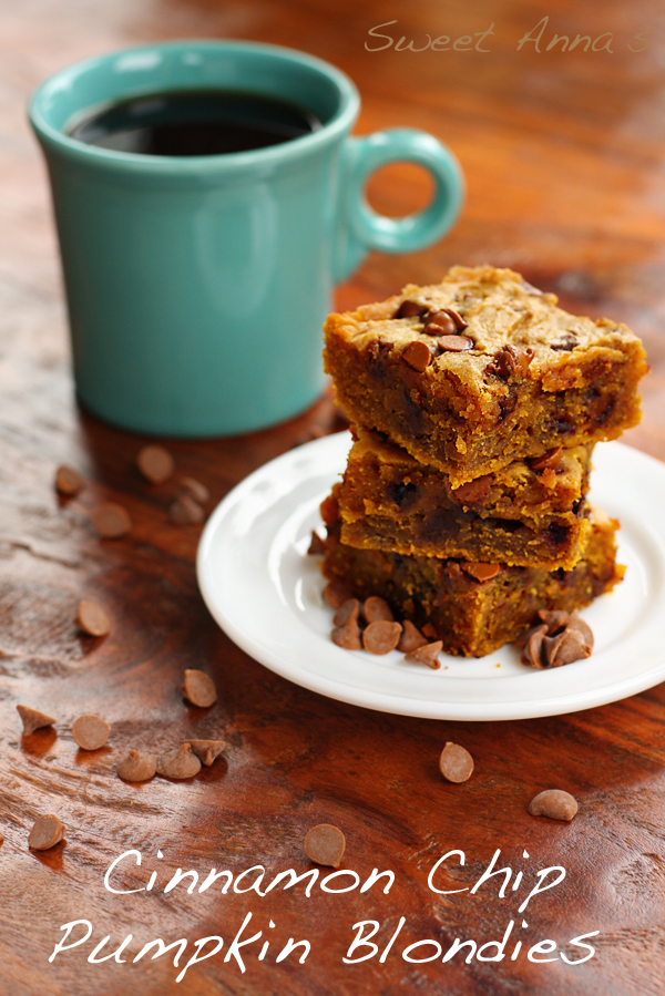 Cinnamon Chip Pumpkin Blondies | Sweet Anna's